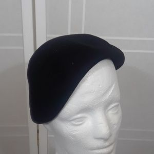 Vintage '50's black wool felt hat